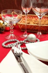 Украшение новогоднего стола: последний штрих к празднику
