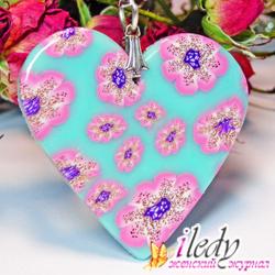Красивый комплект бижутерии в форме сердец ко Дню всех Влюбленных своими руками, фото
