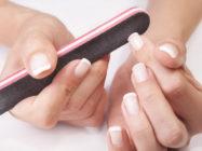 Загибаются ногти: в чем причина и как лечить
