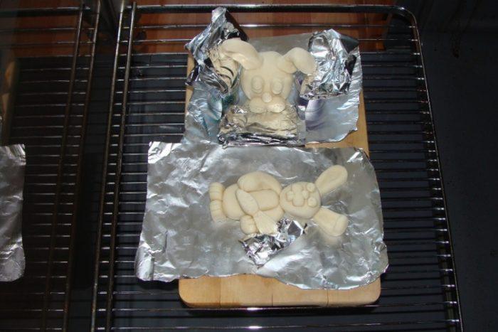 как сушить соленое тесто в духовке