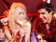 Новогодние развлечения для взрослых: тети и дяди тоже хотят поиграть