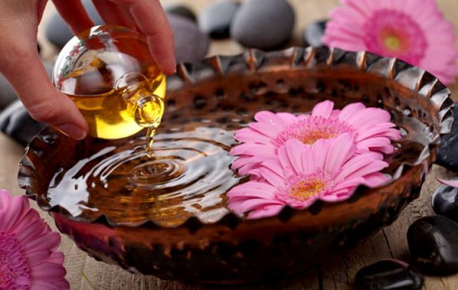 aromaterapiya-dlya-lecheniya-holodnyh-ruk