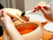 Парафинотерапия рук в домашних условиях: что для нее нужно и как правильно проводить