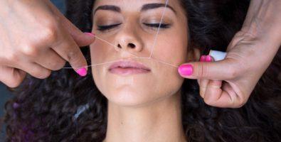Удаление нежелательных волос на лице ниткой