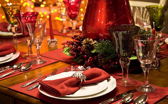 ukrashenie-novogodnego-stola-3