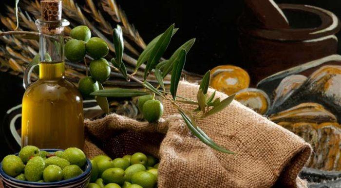 olivkovoe-maslo-ot-pryshhej