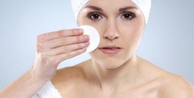 Как сделать кожу лица чистой?