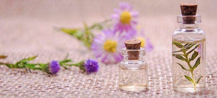 Эфирные масла для уходом за телом - какое лучше использовать в зависимости от пользы